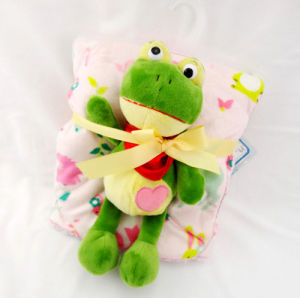 Baby Blanket with Plush Toy -Soft Micro Mink with Sherpa-Frog pictures & photos