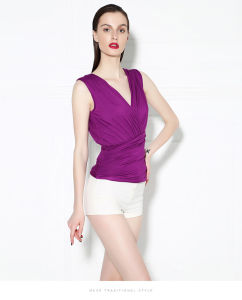 New Fashion V-Neck Sleeveless Blouse Wild Wrapped Chest Vest Bottoming Slim Nightclub Sexy Gauze Ruffle Blouse pictures & photos
