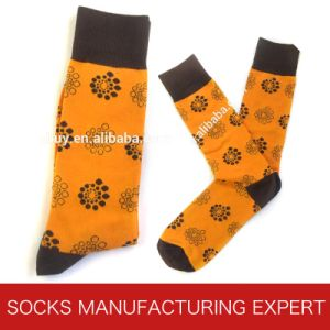 Men′s 200n Needle Bamboo Socks From China pictures & photos