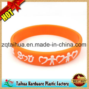 Nice Promotional Gift Custom Silicone Bracelet pictures & photos