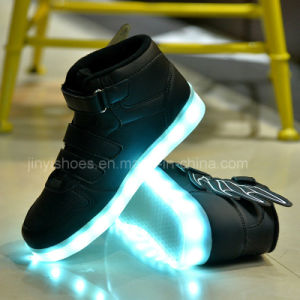 Autumn and Winter LED Shoes Light Flash Charging USB Mesh Breathable Children Shoes Light Wings pictures & photos