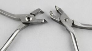 Or502 Orthodontic Distal Cutting Plier pictures & photos