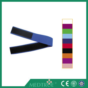 Ce/ISO Approved Hot Sale Medical Magic Tape Tourniquet (MT01048321-8330) pictures & photos