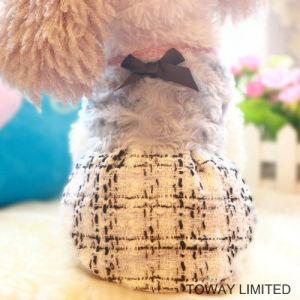 Woollen Royal Pet Clothes Grid Winter Bowtie Dog Dress pictures & photos