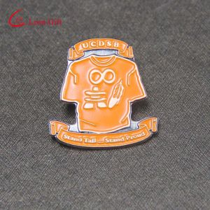 Factory Custom Soft Enamel Shiny Lapel Pins with Rhinestone pictures & photos