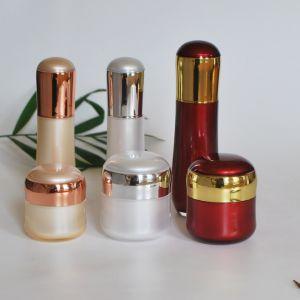 Luxury Set Acrylic Cream Jar Lotion Bottle for Cosmetics (PPC-NEW-111) pictures & photos