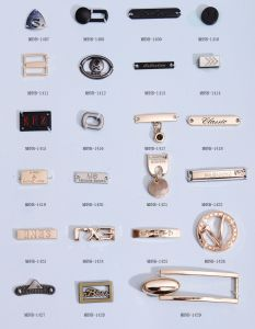 Fashion Alloy Label for Jeans pictures & photos