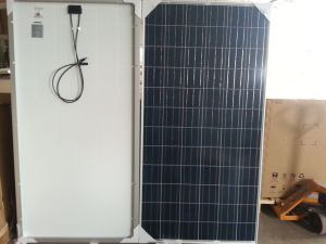 250W 260W 270W Poly Solar Panel for Water Pump in Stock pictures & photos