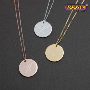 Manufacturer Wholease Custom Cheap Gold Engrave Alphabet Pendant Necklace pictures & photos