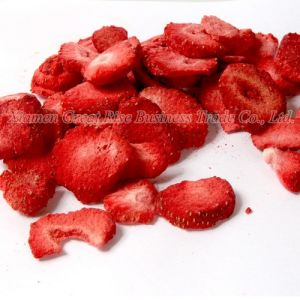 Nutrition Delicious Freeze Dried Strawberry Slice for Young and Old