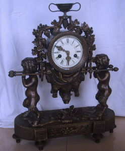 Bronze Mechanical Clock (S3050-5) pictures & photos