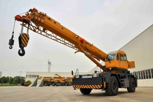 30t Rough Terrain Crane (QRY30) pictures & photos