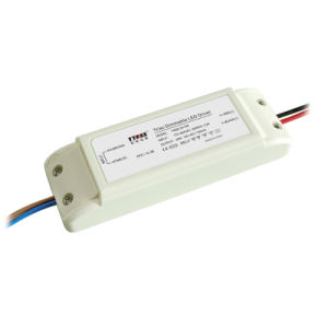 30W 700mA 1500mA Triac Dimmable LED Driver with Pfc>0.95 (YSSD-30)