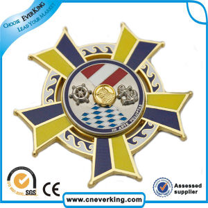 Hot Selling Gold Sport Medallion Button Badge Machine pictures & photos