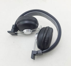 3.5mm Wired High Quality Mobile Headphone pictures & photos