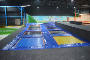Large Trampoline Park with Foam Pit & Basketball Hoop pictures & photos