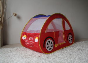 Pop up Car Shape Kids Playing Indoor Tent (MW6028) pictures & photos