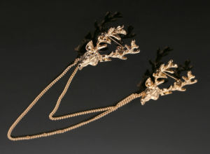 VAGULA Fashion Gold Plated Antlers Brooch Pin pictures & photos