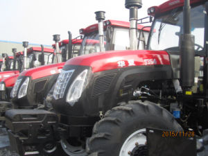 CE Approved Huaxia New Design135HP 1354 Farm Tractor with Cabin/Multiple Valve pictures & photos