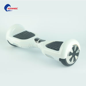 RoHS/FCC/CE 36V 4.4ah 700W Smart Self Balance Scooter pictures & photos