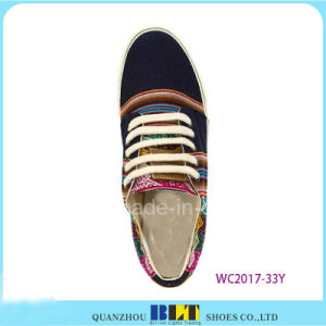 Student Vulcanized Shoes pictures & photos