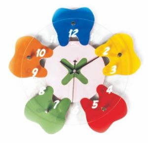 Colorful Clinic Decoration Stype Dental Tooth Shape Clock pictures & photos