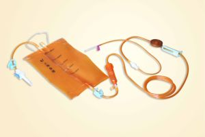 Safety Light-Resistant Infusion Set with Bag/CE/ISO