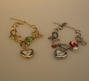 OEM New Cute Heart-Shaped Watch pictures & photos