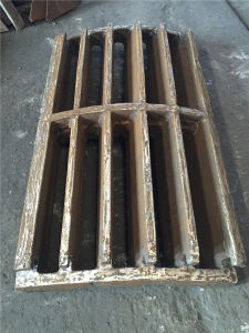 High Manganese Steel Casting Grating for Crusher /Material Plate pictures & photos