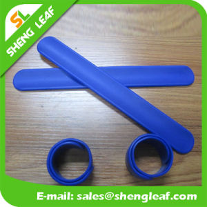 Cheap Promotional Custom Logo Silicone Snap Bracelet pictures & photos