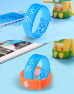 Bluetooth Bracelets with Pedometer and Calories