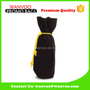High Quatlity Drawstring Velvet Wine Bottle Bags with Gold String pictures & photos