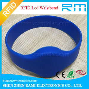 13.56MHz RFID Wristband Ntag213 NFC Silicone Bracelet for Access Control