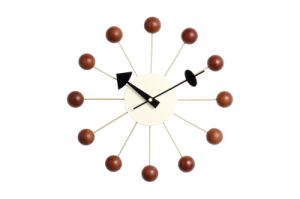 Aluminum Center Wood Ball Wall Clock pictures & photos