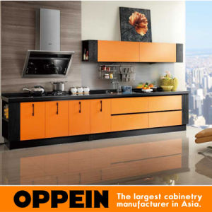 Oppein Colorful Kitchen Cabinets with Laminate Doors (OP12-L053) pictures & photos