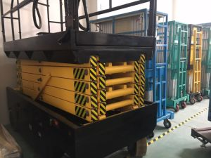 Mobile Scissor Lift (upgraded) Max Platform Height 12 (m) pictures & photos