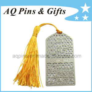 Photo Etched Metal Hollow out Bookmark with Gold Tassel (bookmark-007) pictures & photos