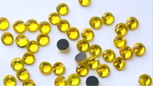 Ss10 Flatback Clear Acrylic Crystal DMC Rhinestones Rgd-026 pictures & photos