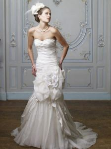 Royal Full Length Sheath High Collar Sleeveless White Lace Spanish Style Wedding Dresses with Detachable Train (LD1023)