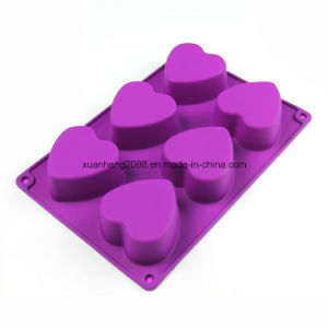 Loving Heart Shaped Chocolate Mold Food Grade Silicone Cake Mold pictures & photos