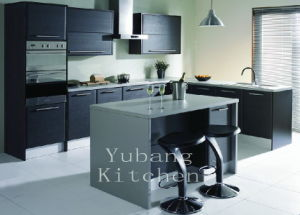 Hot Sale Customied High Glossy Wood Kitchen Cabinet (Kitchen #M2012-21) pictures & photos