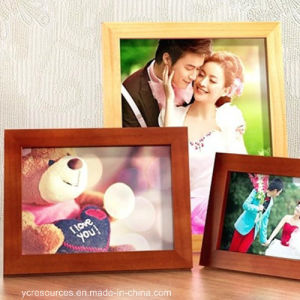 Wood Materials 6 Inch Photo Frame pictures & photos