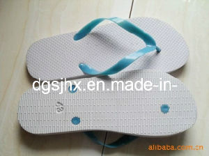 White Rubber PE Flip Flop Slippers pictures & photos
