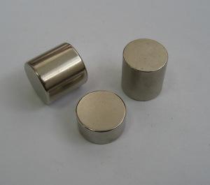 Sintered Neodymium Cylinder Magnet (UNI-CYLINDER-io1) pictures & photos