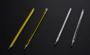 Veterinary Use Clinical Thermometers, L, S Size Triangular Clinical Thermometer pictures & photos