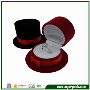 Christmas Gentry Hat Plastic Ring Box pictures & photos
