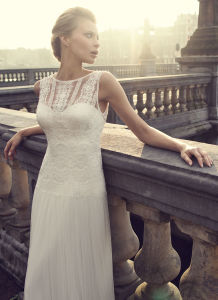 Simple Talior Made UK/Germany Wedding Dress pictures & photos