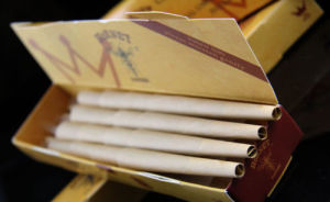 Hornet 78mm 640cones Natural Hemp Rolling Paper 11/4 Pre-Rolled (ES-RP-052) pictures & photos