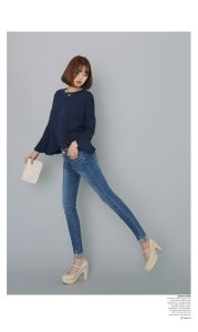 Customized Cotton Fabric Denim Jeans for Women pictures & photos