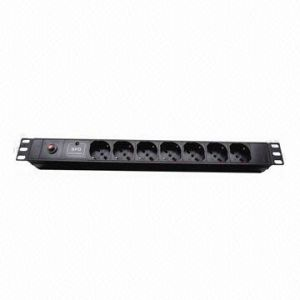 PDU, Italy Plug Socket, 7-Way, 16A, 19-Inch Network Cabinet pictures & photos